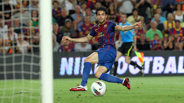 Cesc scores against Vila-real / PHOTO: FCB ARCHIVE