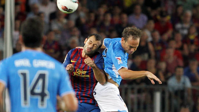 Mascherano against Osasuna / PHOTO: ARXIU FCB