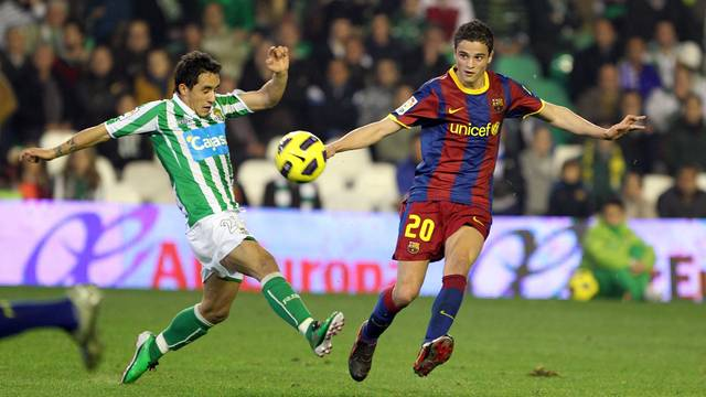 Afellay against Betis in 2011. PHOTO: MIGUEL RUIZ-FCB.