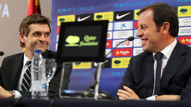 Tito Vilanova y Sandro Rosell, en el transcurso de la rueda de prensa / FOTO: MIGUEL RUIZ - FCB