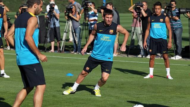 Mascherano, Messi i Alexis en l'entrenament d'aquest dijous al matí / FOTO: MIGUEL RUIZ - FCB