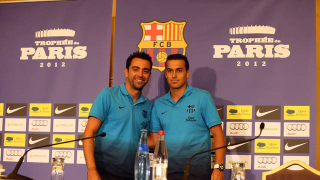 Xavi i Pedro han ats a Pars els mitjans de comunicaci / FOTO: MIGUEL RUIZ - FCB