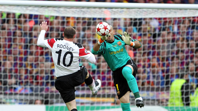 Wayne Rooney vs Víctor Valdés in Wembley's Champions League final