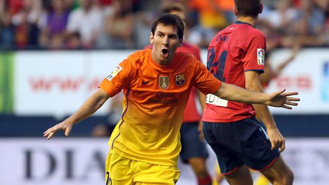 Messi celebrates one of his goals against Osasuna / PHOTO: MIGUEL RUIZ - FCB