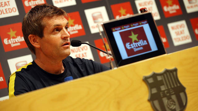 Tito Vilanova in the Ricard Maxenchs press room / PHOTO: MIGUEL RUIZ - FCB