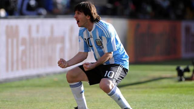 Messi, celebrant un gol amb l'Argentina.