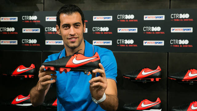 Busquets,with his new Nike PHOTO: GERMÁN PARGA-FCB.