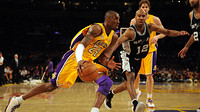 Bowen vs Kobe Bryant. 