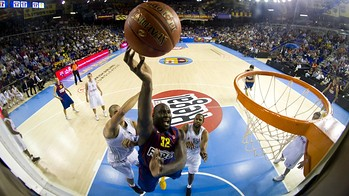 2012-10-12_fcb_regal_-_brose_baskets_bamberg_021-optimized