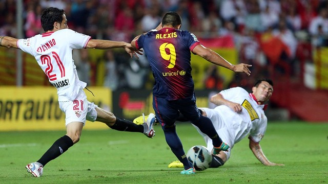 Alexis vs. Sevilla / PHOTO: MIGUEL RUIZ - FCB
