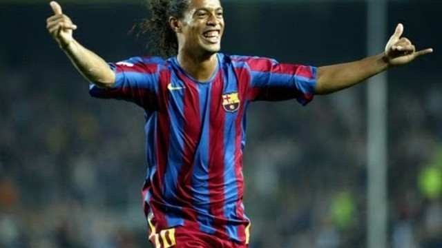FC Barcelona - Bara Legends: Ronaldinho (1st half)