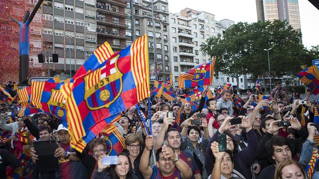 FC Bareclona fans celebrate the league title in Barcelona / PHOTO: GERMAN PARGA - FCB