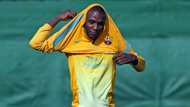 Abidal during the training session PHOTO: MIGUEL RUIZ - FCB