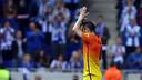Iniesta, ovacionat a Cornellà-El Prat / FOTO: MIGUEL RUIZ-FCB