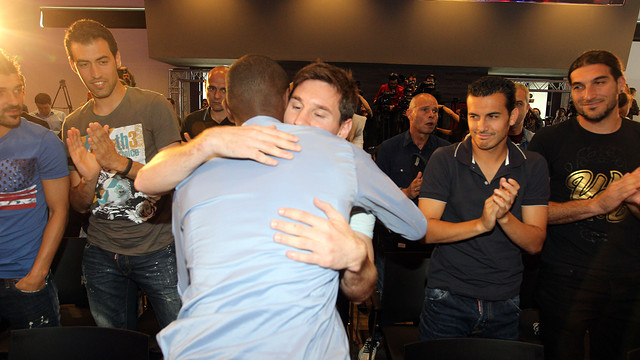 Abidal with Messi after the press conference / PHOTO: MIGUEL RUIZ-FCB