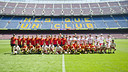 ·     Group photo of the riders at the Camp Nou. PHOTO: VÍCTOR SALGADO-FCB.