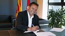 Eusebio, durant la signatura. FOTO: MIGUEL RUIZ - FCB