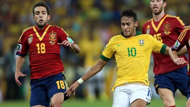 Neymar and Alba / PHOTO: FIFA.COM