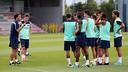Rubi i els jugadors, a l'entrenament d'aquest dimarts a la tarda. FOTO: MIGUEL RUIZ-FCB.