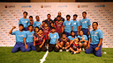 Messi and Pinto surrounded by children in Bangkok / PHOTO: MIGUEL RUIZ-FCB
