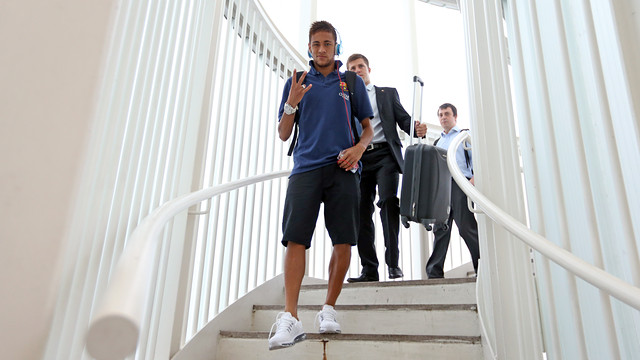 Neymar, part of the 19 strong squad who travelled to Malaga, at Barcelona airport this morning/ PHOTO: MIGUEL RUIZ - FCB
