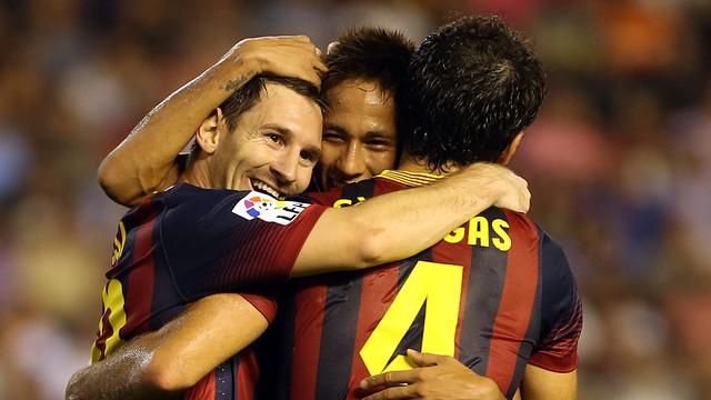Messi, Neymar y Cesc, en el campo del Valencia / FOTO: MIGUEL RUIZ — FCB
