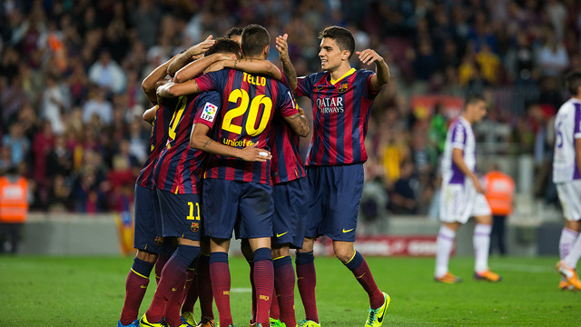 The players celebrating one of the goals against Valladolid. PHOTO: GERMÁN PARGA - FCB