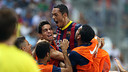 Adriano euphoric after scoring against Malaga. PHOTO: MIGUEL RUIZ - FCB