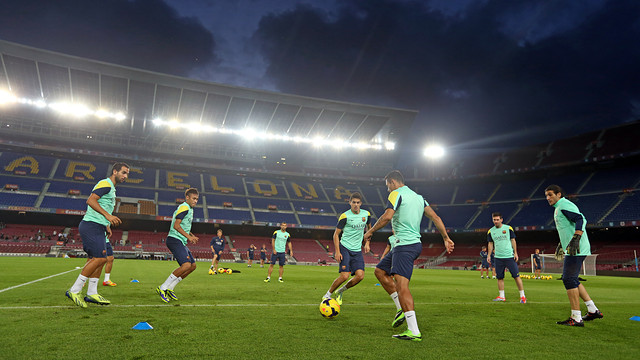The squad trained at the Camp Nou on Friday evening / PHOTO: MIGUEL RUIZ-FCB