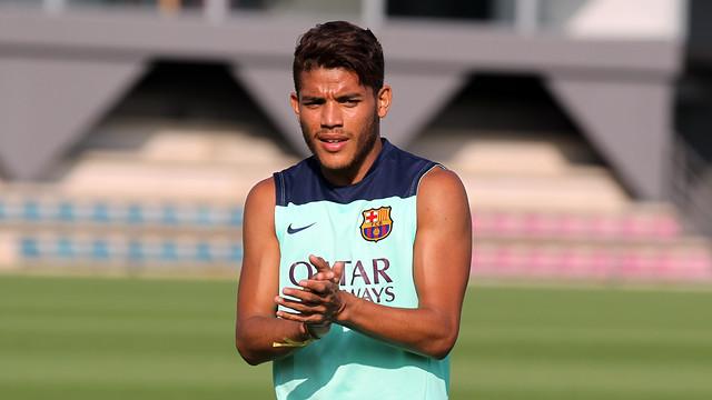 Jonathan dos Santos in a training session / PHOTO: MIGUEL RUIZ - FCB