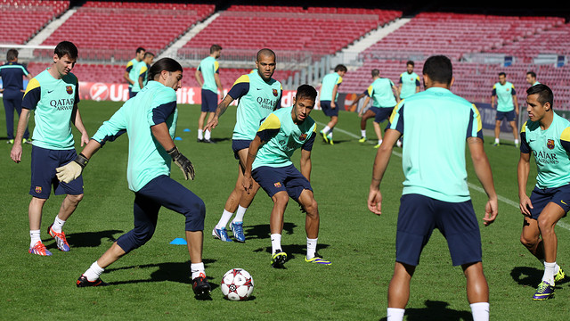 Sqaud training at the Camp Nou this morning / PHOTO: MIGUEL RUIZ-FCB
