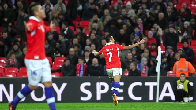 Two goal Alexis at Wembley. PHOTO: www.anfp.cl