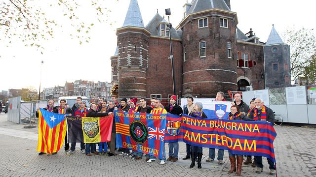Els aficionats del Barça, a Amsterdam. FOTO: MIGUEL RUIZ - FCB