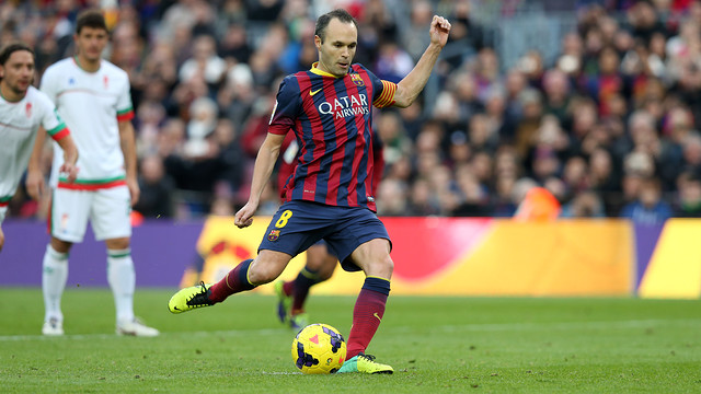 Iniesta taking a penalty. PHOTO: MIGUEL RUIZ-FCB.