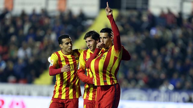 Tello celebrates a goal at the Ciutat de València / PHOTO: MIGUEL RUIZ-FCB