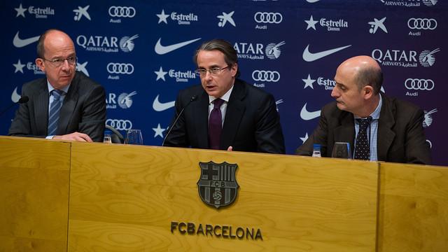 Javier Faus, al costat de Cardoner i Moix. FOTO: GERMÁN PARGA - FCB