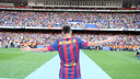 There was a huge crowd to welcome Neymar da Silva to the Camp Nou / PHOTO: MIGUEL RUIZ - FCB