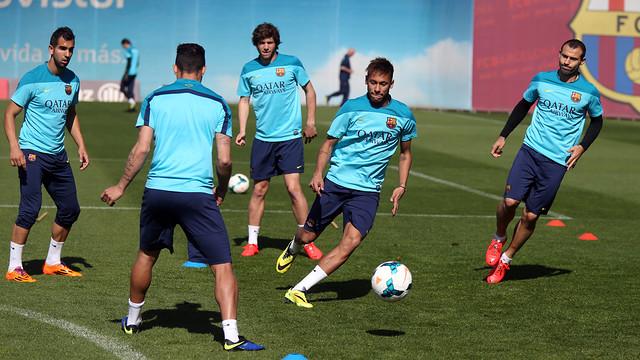 Spécial Messi et FCBarcelone (Part 2) Pic_2014-03-17_ENTRENO_11.v1395057789