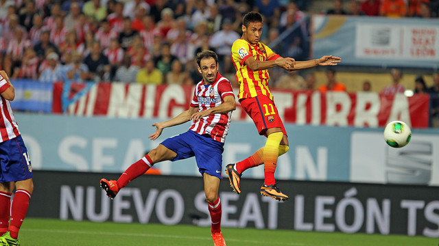 Juanfran and Neymar in the Super Cup. PHOTO: MIGUEL RUIZ-FCB.