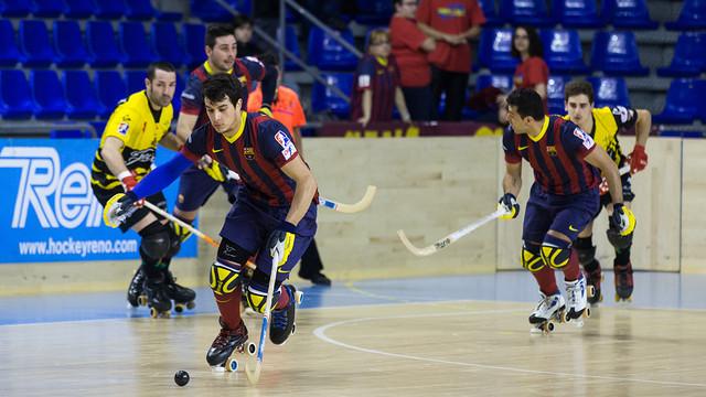 Pablo Álvarez condueix la bola