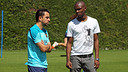 Xavi, avec Abidal. PHOTO: MIGUEL RUIZ-FCB.