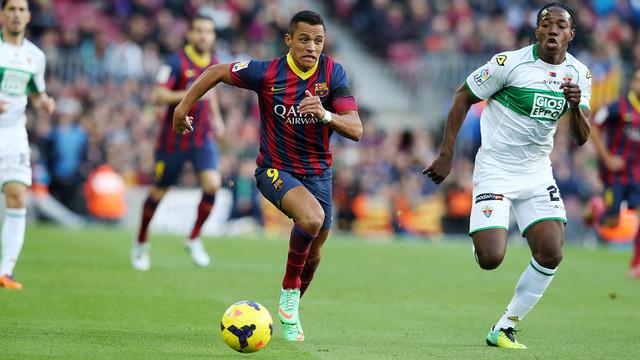 Alexis faced Elche earlier this season / PHOTO: MIGUEL RUIZ - FCB