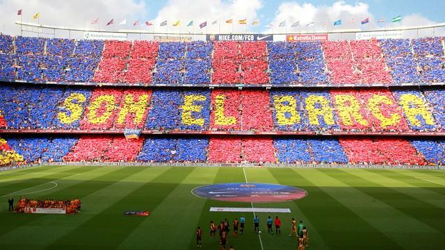 El mosaic 'Som el Barça' que s'ha vist al Camp Nou abans del Barça-Atlètic / FOTO: MARTA BECERRA - FCB