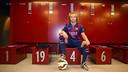 Ivan Rakitic, with the number 4 in the Camp Nou dressing room / PHOTO: VÍCTOR SALGADO - FCB