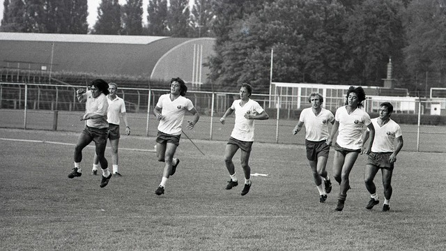 Vintage photo of a 1975 training session