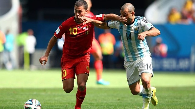 Mascherano and Hazard