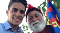 Marc Bartra with the Barça grandfather