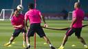 Messi, Dani Alves and Mascherano trained on Wednesday / PHOTO: VICTOR SALGADO - FCB
