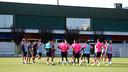 El Barça B vuelve a entrenarse en la Ciudad Deportiva después del 'stage' en Torremirona / FOTO: MIGUEL RUIZ - FCB