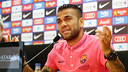 Dani Alves spoke to the press on Thursday morning / PHOTO: MIGUEL RUIZ - FCB